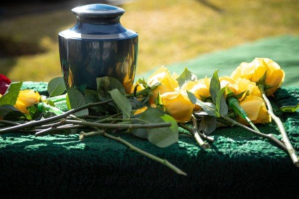 Articoli funerari - Urna cineraria - Arte funeraria